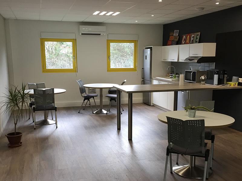 Espace caféteria et détente à Granilia Gaillac